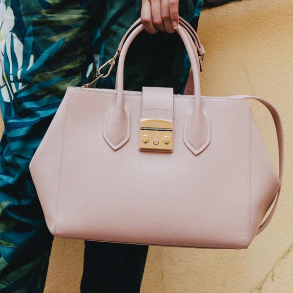 Handväskor